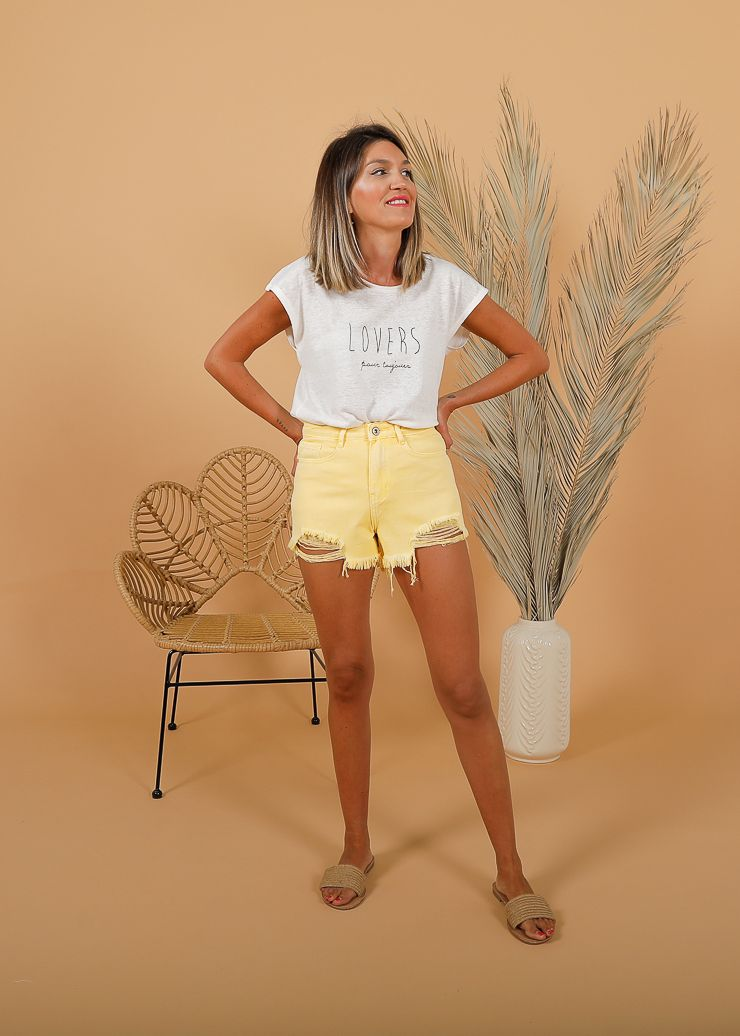 SHORT DENIM DESFLECADO AMARILLO